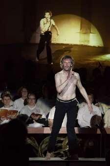 Rolf Gildenast tanzte den Sonnengesang